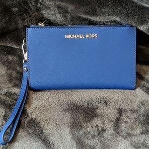 """Michael Kors blue """"Jet Set"""" clutch NWT Authentic"""